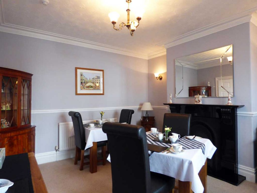 Breakfast room at cragwood guest house